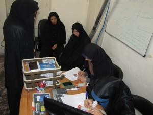 اهدای هدایای نوروزی دانش آموزی و ثبت نام اردوی نفرات برتر 1391